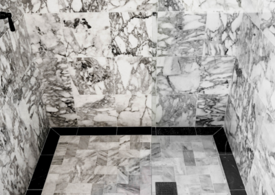 Black and White Marble Shower Tile Floor